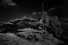 CarisbrookCastleIR (stugee) Tags: fuji fujifilm x e2 xe2 xe 2 samyang rokinon 12mm f20 mono monochrome noir noire black white bw bn blanc et negre isleofwight carisbrook castle infra red