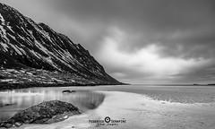 """Lofoten2016-3 (Federico """"Jger"""" Serafini) Tags: norvegia lofoten ghiaccio rocce rocks norway aurora boreale northern light clouds nuvole sea spiaggia long exposure"""