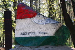 Top of Hungary (Majorimi) Tags: canon eos 70d digital color colorful nice hungary spring top rock mountain red white green forest kkestet 1014 highest 1014m monument statue