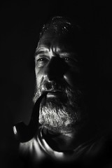 Uomini di mare (Nikke20) Tags: pescatore mare barba pipa fumo blackandwhite contrasto ritratto