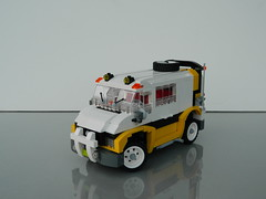 5550 Custom Rally Van (Redesigned) (J0n4th4n D3rk53n) Tags: team model lego rally system van custom lugnuts modelteam redesigned