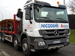 MERCEDES Actros 3236 Porte-fers Nicodme (xavnco2) Tags: france truck mercedes lorry mercedesbenz trucks picardie lkw somme camions autocarro actros 3236 rivery portefers