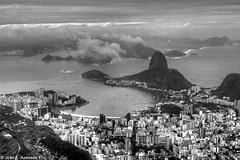 Marvelous City (Joao Lucio) Tags: sea brazil bw praia beach brasil riodejaneiro buildings boats mar barcos sugarloaf pãodeaçúcar dramaticsky prédios guanabarabay 2470mm baíadaguanabara