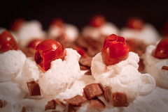 Day 136 - Pretty Please with Cherry on Top (dennisdasfoto) Tags: oneaday cake project dessert cherries dof desert sweden bokeh chocolate schweden cream depthoffield photoaday sverige 365 schokolade sahne torte pictureaday blackforestcake grdde kirschen trta schwarzwlder kirschtorte 366 efterrtt kristinehamn choklad project365 365days 3651 krsbr project3651 project365136 project366 schwarzwaldtorte project365051512 project36515may12