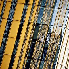 urbanyellow (estiu87) Tags: windows urban abstract detail glass reflections arquitectura rotterdam graphic geometry minimal reflexes vidres finestres geometra archshot grfic