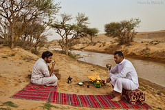 Hi that's me at right with my friend Hamad (TARIQ-M) Tags: pictures tree sahara water lens landscape photo sand desert image photos dunes picture images riyadh saudiarabia hamad     canoneos5d      canonef1635mmf28liiusm      canoneos5dmarkii     tariqm tariqalmutlaq