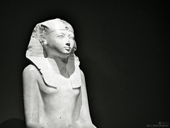Seated Statue of Hatshepsut (Egypt) (REA // Photography) Tags: nyc newyorkcity sculpture statue stone museum ancient egypt carving pharaoh met hatshepsut metropolitanmuseumofart ancientegypt
