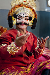 Yakshagana from Karnataka (Anoop Negi) Tags: street red portrait india playing photography coast photo dance nh event 17 karnataka drama anoop pune role gestures negi ramayana thespian spic honavar mahabharata yakshagana ezee123 pandavas honnavar macay keremane kauravas