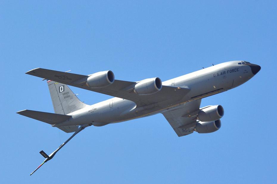 KC 135