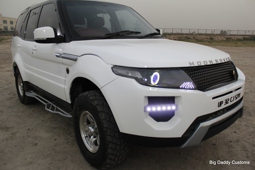 Moon Rover Is Safari With Evoque Styling