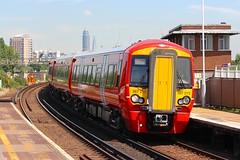 387215 Clapham Junction 18.07.16 (jonf45 - 2.5 million views-Thank you) Tags: electric dc br rail trains junction class multiple emu british express railways clapham 3rd gatwick unit 387 3872 387215