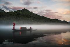 2016 () Tags:      china asia fishman fishing mist fog reflection lake dongjianglake sunset sunrise dusk dawn nikon landscape travel