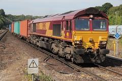 DB Cargo diesel loco 66076 Micheldever (jc_snapper) Tags: dbcargo class66 micheldever containertrain diesellocomotive