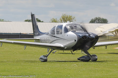 N986JT - 2014 build Cirrus SR22T Platinum, taxiing for a demonstration flight at Sywell during Aero Expo 2015 (egcc) Tags: 0937 aeroexpo aeroexpo2015 cirrus cirrusdesign egbk holroydaviation lightroom n986jt northampton orm platinum sr22t sywell