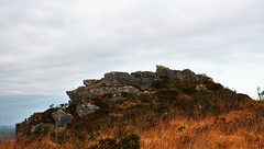 (MATIGRA) Tags: brittany bretagne finistere commana montdarree paysages landscape rocks rocher lande lac lacdudrennec canon 700d