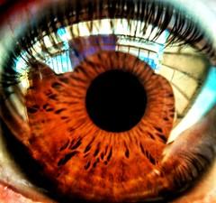 Sweet eye of mine. (mjoaquinm) Tags: macro eye ojo mobilepic color colour colourful huawei macrolens myself selfportrait