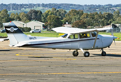 0801 (dannytanner804) Tags: owner bruce hartwig air aircraftcessna 172r reg vhlti cn 17281130 parafiled airport adelaide sa australia airportcodeyppf date692016