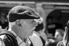 Bigote / Moustache (Alvimann) Tags: alvimann canon canoneos550d canon550d canoneos gente man men people hombre male hombres hat hats sombrero sombreros boina boinas beret blackandwhite black negro white blanco blancoynegro bigote moustache portrait retrato retratos portraits