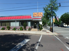 "Potts & Penn Family Diner • <a style=""font-size:0.8em;"" href=""http://www.flickr.com/photos/67316464@N08/29868309265/"" target=""_blank"">View on Flickr</a>"