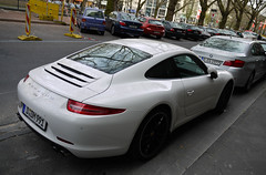 Porsche 991 Carrera (MauriceVanGestel Photography) Tags: auto white cars blanco car sport germany de deutschland power d north 911 german coche porsche bmw alemania autos rims dsseldorf rhine wit supercar coches coup germancar sportscar deutsch carrera duitsland supercars porsche911 k knigsallee 991 blackrims duits bmw1 alemn sportwagen westphalia northrhinewestphalia blackonwhite duitser velgen rhinewestphalia porsche911carrera 1serie northrhine 5serie bmw5 newporsche 911carrera duitseauto new911 whiteporsche whitesportscar deutscheauto zwartopwit sportwagens porsche991 bmw1serie bmw5serie white911 knigsalleedsseldorf kdsseldorf zwartevelgen witteporsche porsche991carrera witte911 991carrera white991 nuevo911 nieuwe911