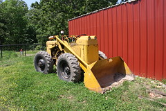 TractoLoader TL-12 (dbro1206) Tags: old vintage bucket mechanical machinery missouri loader frontloader oldiron wheelloader tractomotive tractoloader