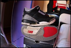 Beat up (Never Wear Them) Tags: original red white 3 black grey air iii cement nike jordan og jordan3 airs nikeairjordan