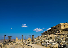 Umm Qais Archaeological Site, Jordan (Eric Lafforgue) Tags: 146 jordan gadara golan hashemitekingdomofjordan middleeast photography copyspace bluesky ummqays archaeologicalsite travel ancientcivilization nopeople colorimage archaeology ethnicity day ancient oldruin outdoors horizontal traveldestinations architecture history thepast middleeastern arabia tranquilscene nobody colourpicture ummqais giordania iordania    jordania jordnia jordanie jordani jordanien jordnsko rdn alurdun   yordania