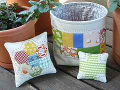 Pincushions (2mayboys) Tags: