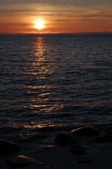 Loojang merel. (Jaan Keinaste) Tags: sunset sea nature stone estonia pentax kivi meri eesti loodus k7 loojang pentaxk7 14062012