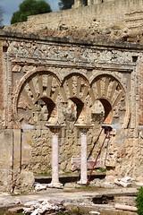 Arcos de Medina Azahara (monchoparis) Tags: espaa canon eos spain espanha andalucia cordoba andalusia andalusien espagne cordova spanien spagna andalousie   500d madinatalzahra cordoue medinaazahara          tybannha tamron18270 quruba    kartuba   madnatazzahr