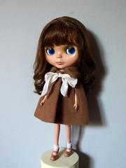 Classy Cape (Roberta Romagnoli / wererabbit) Tags: outfit doll handmade craft cape ribbon blythe cashmere bl wererabbit aztecarrival