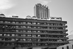 edge (coffeebucks) Tags: barbican barbicancentre brutalism modernism barbicanestate cityoflondon london architecture chamberlinpowellandbon lakesideterrace