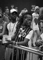 Around the parade #1 (Dj) Tags: usa d750 nikon manhattan street newyork city blackandwhite gaypride noirblanc rue