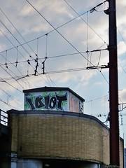 Idiot / Bruxelles - 17 sep 2016 (Ferdinand 'Ferre' Feys) Tags: bxl brussels bruxelles brussel belgium belgique belgi streetart artdelarue graffitiart graffiti graff urbanart urbanarte arteurbano idiot