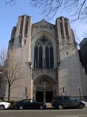 Church of the Heavenly Rest (Mike Sirotin) Tags: nyc ny newyork cars church window architecture doors manhattan gothic artdeco portal mayers heavenlyrest murrayphillip