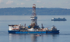 59235_Noble Discoverer (lg evans) Tags: seattle alaska canon north depart rig oil wa tow underway shelloil lgevans