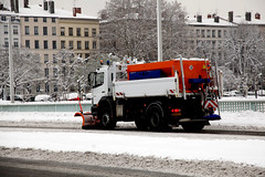 Chasse Neige (maximejuillet) Tags: city france lyon hiver neige froid ville urbain rhone tempete maximejuillet