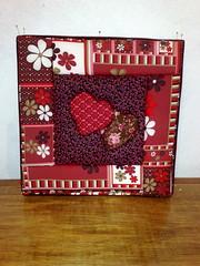 """Quadro """"Hearts"""" (Atelier na Casinha by Re Molinaro) Tags: feitomo quadros cartonmousse patchworkembutido"""