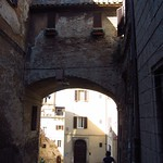 "Arch in Perugia <a style=""margin-left:10px; font-size:0.8em;"" href=""http://www.flickr.com/photos/14315427@N00/7511956718/"" target=""_blank"">@flickr</a>"