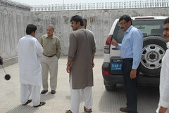 Nagarparkar - Kasbo, Tharparkar, Sindh May7, 2012 (PervaizLodhie) Tags: pakistan karachi 2012 tharparkar nagarparkar ledtronics undpgreenenvironmentfacilitygefsmallgrantsprogrammeabbaskhoso integratedruralawarenessanddevelopmentorganisationiradopresentonthetrippervaizlodhie usashahidsiddiqui shaantechnologiespvtltd kharoroandvekasarvillagesthesevillagesareonlycoupleofmilesfromtheindiaborder sindhmay7 2012travelfromkarachitonagarparkar489km 7hours26minutesdrivearriveinnargarparkarmay7th 2012forovernightstaybefore500solarledlanterndistributionto500familiesofbhako nagarparkarareaofthardesertmajorityofpeoplearehindustripanddistributionfacilitatedandsupportedbymasoodlohar