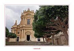 I colori della Sicilia - 20 (Jambo Jambo) Tags: modica ragusa sicilia sicily italia italy chiesadisangiovannievangelista chiesa church sonydscrx100 jambojambo unesco patrimoniodellunesco