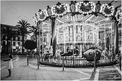 Carrusel (Por ESTEBAN ALEJANDRO) Tags: carousel carrusel white bn blackwhite jerez frontera cadiz