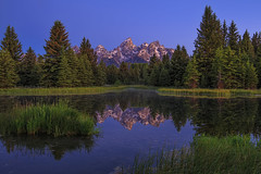 Alpenglow at Schwabachers Landing (skypointer2000) Tags: schwabacherslanding alpenglow grandteton grandtetonnationalpark landscape sunrise reflection canoneos6d mountains alpenglhen tamronsp1530mmf28 tamron ~themagicofcolours~ix