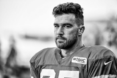 2016 Faces of Training Camp-98 (Mather-Photo) Tags: 2016 andrewmather andrewmatherphotography blackandwhite chiefs chiefskingdom chiefstrainingcamp closeup colorless faces football helmetoff kcchiefs kansascitychiefs matherphoto monochrome nfl sportsphotography summer team trainingcamp