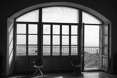 Porta_finestra (serdor) Tags: bianconero chiaroscuro camera nikon df digitale nikkor 35afd 35 afd