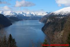 Innvikfjorden - Hopland (soyouz) Tags: geo:lat=6186486200 geo:lon=633845850 geotagged hopland nor norvge sognogfjordane innvikfjorden fjord neige montagne norvegela