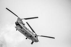 Boeing CH-47 Chinook (FitzJohnson) Tags: boeing chinook boeingch47chinook army transporthelicopter helicopter unitedstatesarmy blackandwhite bw blackwhite monochrome monochromatic blades military canon canonrebel t3i 600d