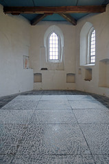 Zoutfriesland (Birgit Speulman) Tags: kunst art zout salt arisdebakker kerk church ginnum wit white licht light oud old historisch historic heritage erfgoed