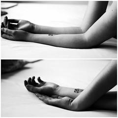 (sara.jaensch) Tags: white black me girl tattoo hands arms kontrast