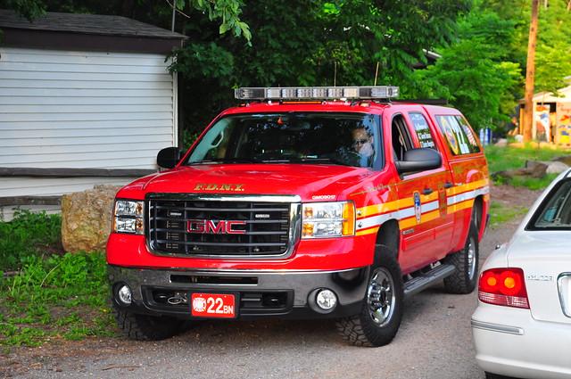 nyc newyorkcity ny newyork gm chief pickup pickuptruck sierra firetruck fireengine statenisland odyssey fdny gmc 2500 firechief battalion richmondcounty 2500hd newyorkcityfiredepartment battaion22